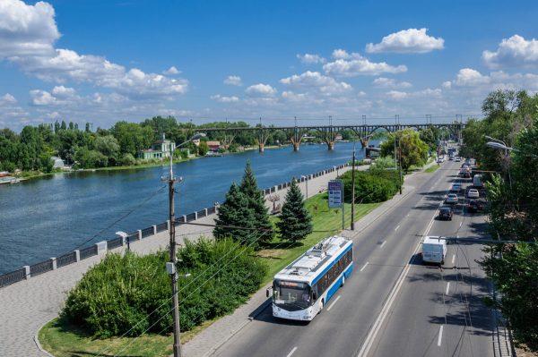 Belkommunmash trolleybuses with autonomous run to the Dnieper